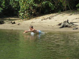 Fluss Borneo Mulu Nationalpark by Birgit Strauch Shiatsu Massagen und Bewusstseinscoaching