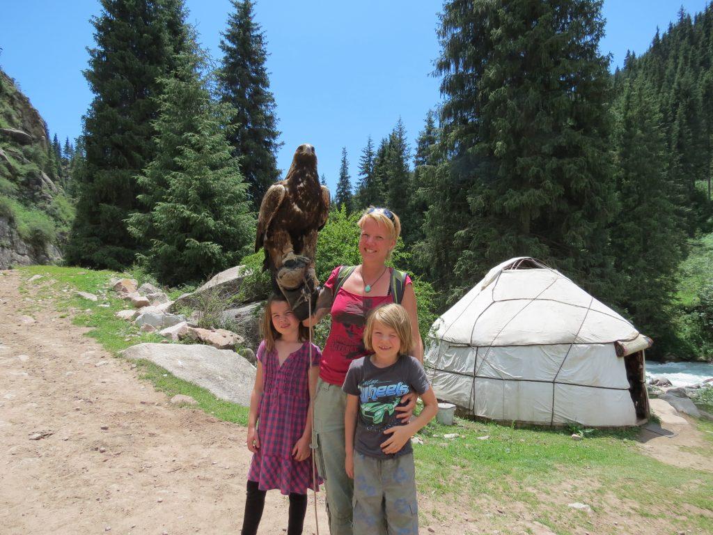 Grigorjevskoe Schlucht Adler Issuk Kul Kirgistan by Birgit Strauch Shiatsu ThetaHealing