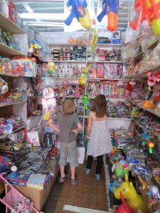 Markt in Karakol Turkestan Yurt Camp Kirgistan by Birgit Strauch Shiatsu ThetaHealing