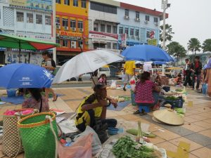 Markt Maden Sibu Borneo Sarawak by Birgit Strauch Shiatsu & ThetaHealing