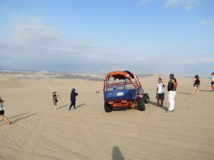 El Boulevard Huacachina Ica Peru Sandbuggy Birgit Strauch Shiatsu Motivationscoaching