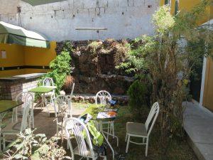 Arequipa Orange Enjoy Hostel Calle Zela by Birgit Strauch Shiatsu Bewusstseinscoaching