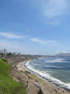 Paragliding Strand Lima Peru by Birgit Strauch Shiatsu & Bewusstseinscoaching