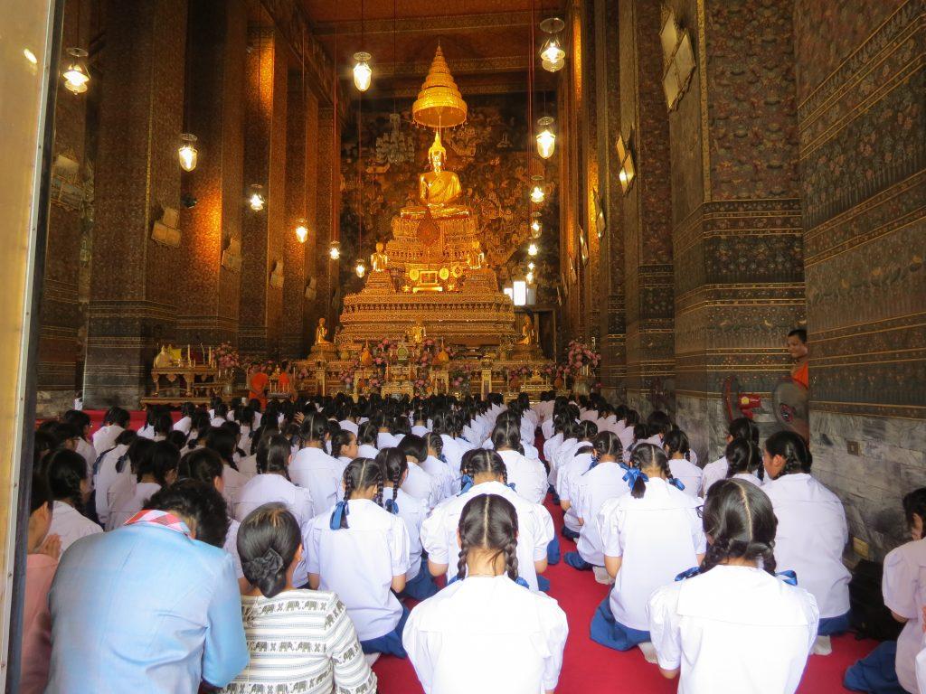 Wat Pho Tempel Bangkok by Birgit Strauch Thaimassage & Bewusstseinscoaching