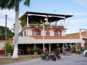 Dorf Bacalar Pata de Perros Restaurant by Birgit Strauch Shiatsu & Bewusstseinscoaching