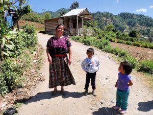 Frau Kallas Blumen San Rafael la Independencia Guatemala by Birgit Strauch Shiatsu & Bewusstseinscoaching