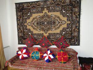 Gastfamilie in Kochkor Kirgistan by Birgit Strauch Shiatsu & Bewusstseinscoaching