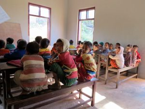 Schule Mönche Nyaung Shwe Inle Lake Myanmar by Birgit Strauch Shiatsu & Bewusstseinscoaching