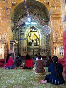 Mahamuni Pagode Bodhi Tree Mandalay Burma by Birgit Strauch Bewusstwandlerin Bewusstseinscoaching