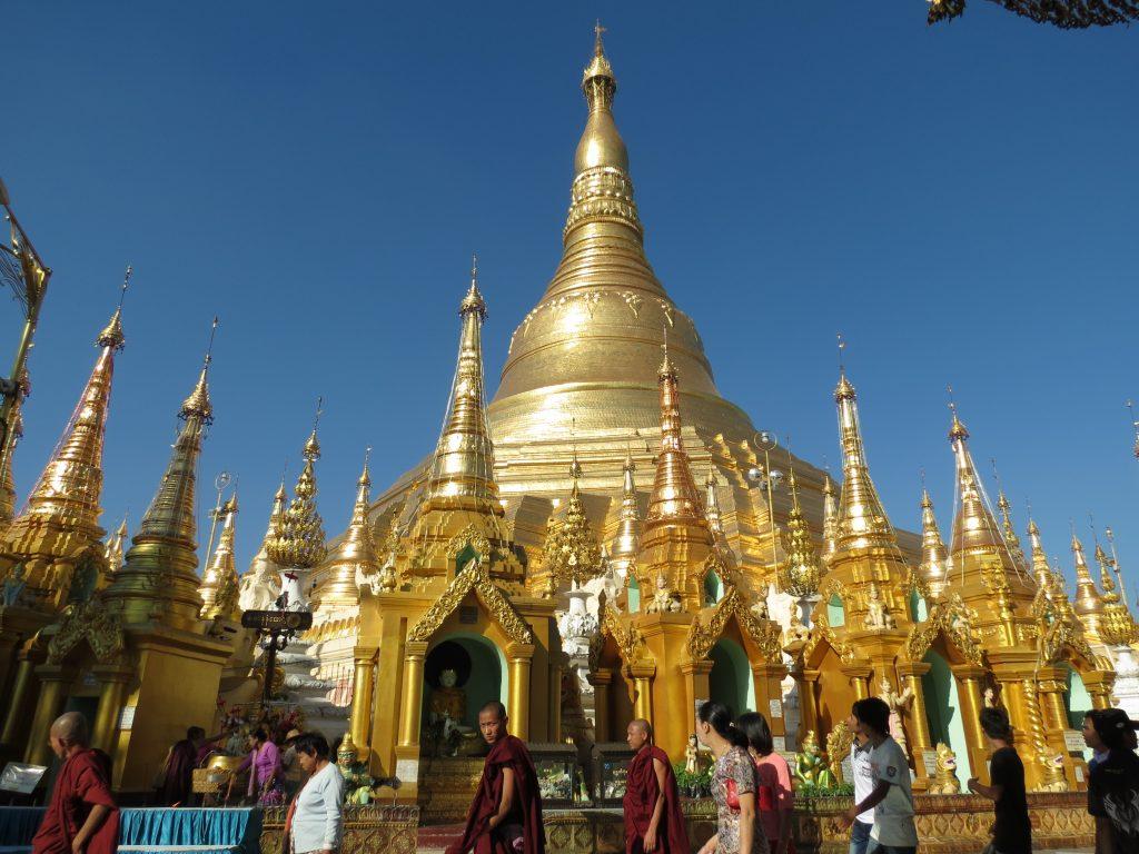 Shwedagon Pagode Yangon Burma by Birgit Strauch Bewusstwandlerin Bewusstseinscoaching