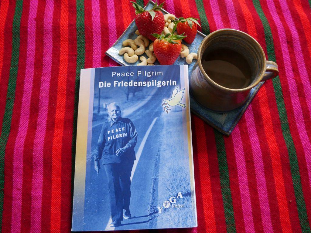 Friedenspilgerin Peace Pilgrim by Birgit Strauch Bewusstseinscoaching