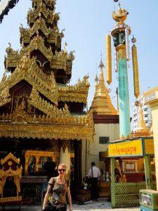 Sule Pagode Yangon by Birgit Strauch Bewusstseinscoaching & Shiatsu