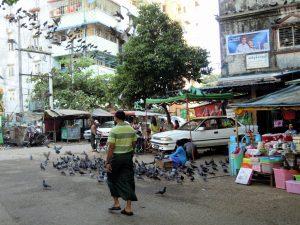 Umgebung Guest Care Hotel Yangon by Birgit Strauch Bewusstseinscoaching & Shiatsu