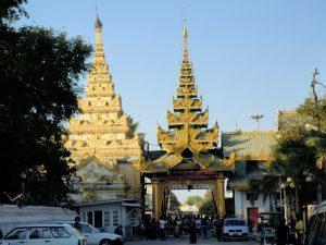 Mahamuni Pagode Mandalay by Birgit Strauch Bewusstseinscoaching & Shiatsu