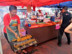 Nachtmarkt Sibu Borneo by Birgit Strauch Shiatsu & Bewusstseinscoaching