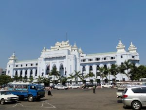 Rathaus Yangon by Birgit Strauch Bewusstseinscoaching & Shiatsu