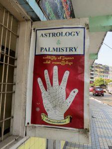 Handleser Stadtrundgang Yangon by Birgit Strauch Bewusstseinscoaching & Shiatsu