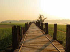 U Bein Brücke Mandalay Sonnenaufgang by Birgit Strauch Bewusstseinscoaching & Shiatsu