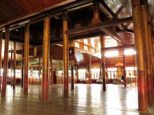 Nga Phe Kyaung Kloster springende Katzen Myanmar by Birgit Strauch Shiatsu & Bewusstseinscoaching