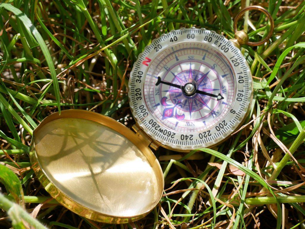 Kompass by Birgit Strauch Bewusstseinscoaching ThetaHealing