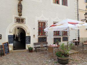 Meißen Domplatz Cafe am Dom mit dem Minicamper by Birgit Strauch