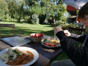 Kuddels Gastwirtschaft an der Dahme am Dolgensee by Birgit Strauch