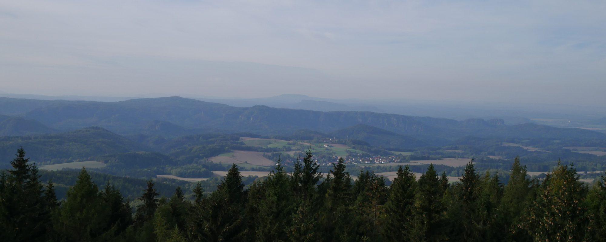Bismarkturm, Tanzplan bei Mikulášovice by Birgit Strauch