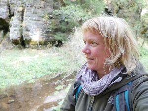 Minicamper Tour nach Khaa Wanderung zur Feenhöhle by Birgit Strauch