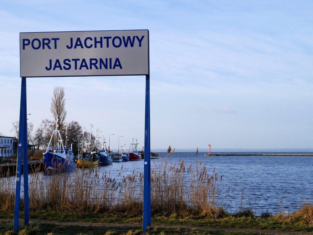 Hafen von Jastarnia by Birgit Strauch
