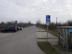 Wanderparkplatz westlich von Berlin als Minicamper Stellplatz by Birgit Strauch