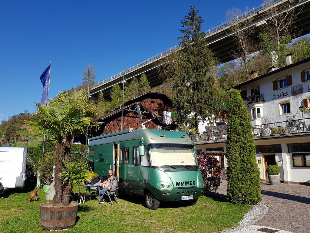 Campingplatz Ansitz in Klausen by Birgit Strauch