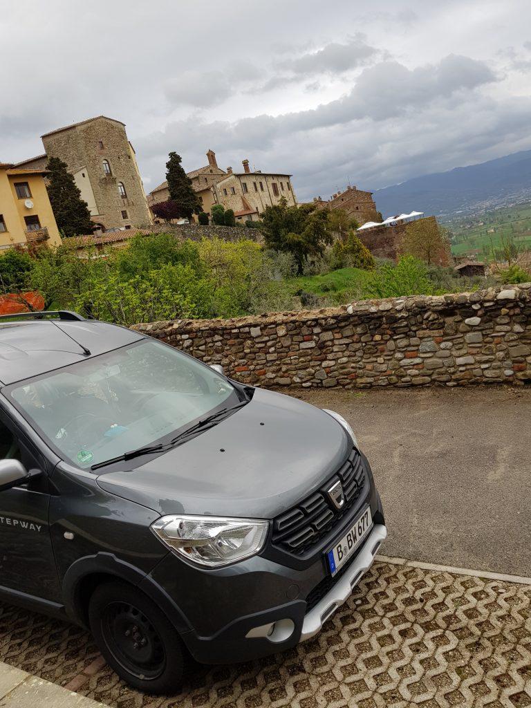 Freistehen in der Toscana in Anghiari by Birgit Strauch