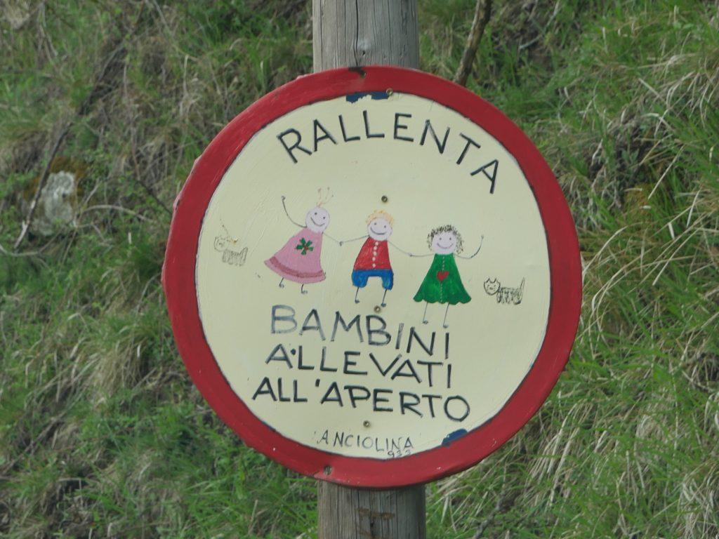 Anciolina im Pratomagno Gebirge by Birgit Strauch