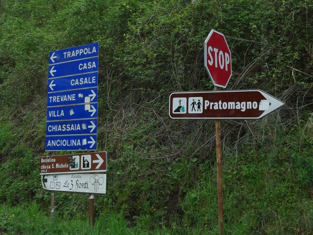 Trevane im Pratomagno Gebirge by Birgit Strauch