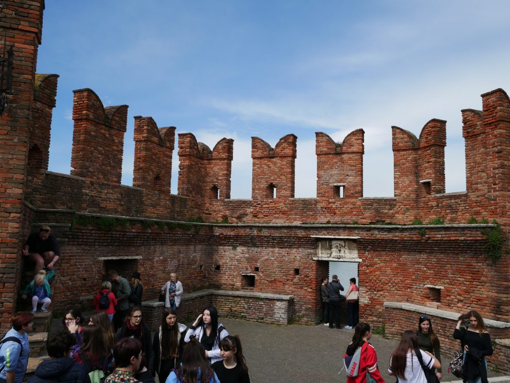 Burg von Verona by Birgit Strauch