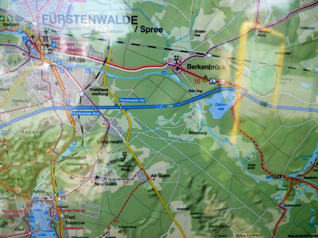 Freistehen an der Fürstenwalder Spree by Birgit Strauch