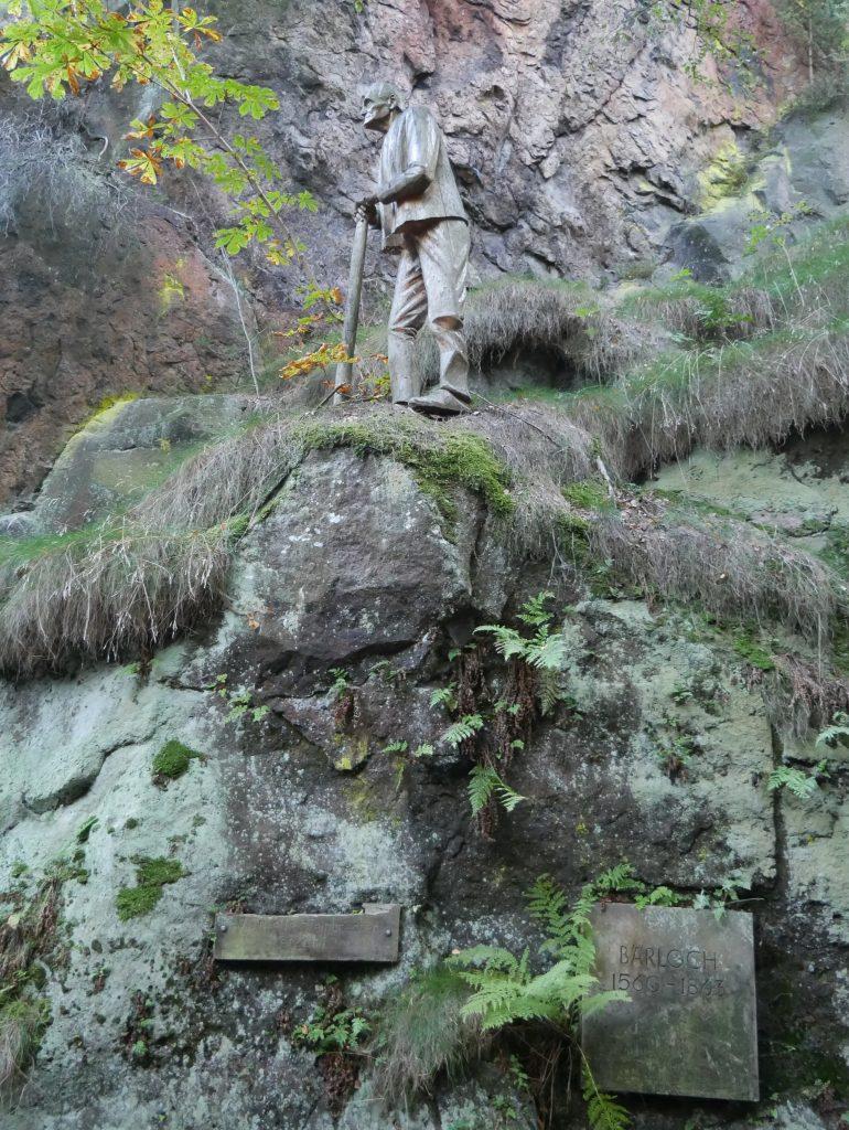 Wandern in der Johnsdorfer Felsenstadt by Birgit Strauch