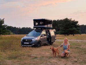 Minicamper Stellplatz by Birgit Strauch