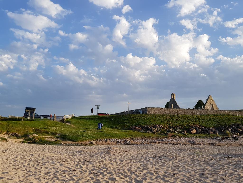 Mit Dachzelt am Balnakeil Beach by Birgit Strauch