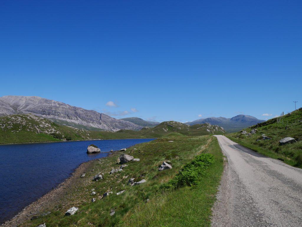Wildes Schottland mit Dachzelt Richtung Durness by Birgit Strauch