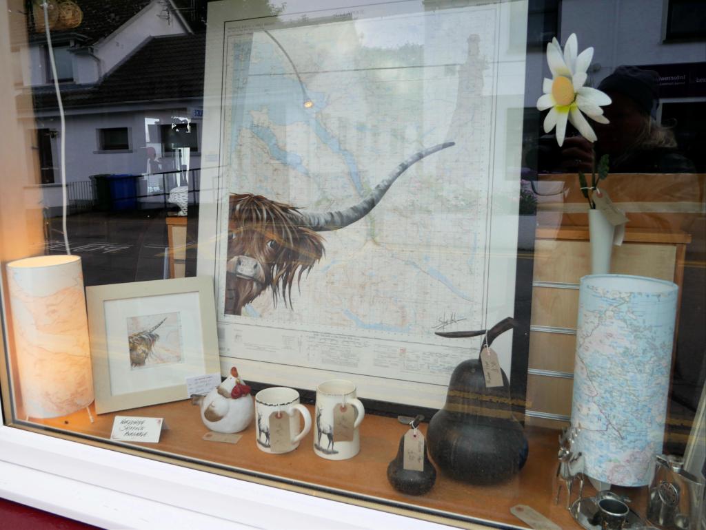 Shopping in Ullapool by Birgit Strauch